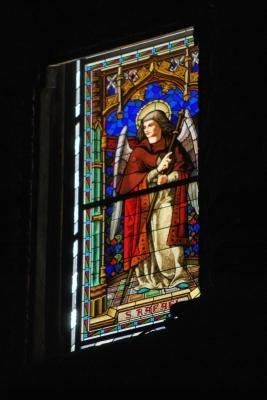 Seu, vetrata con San Raphael