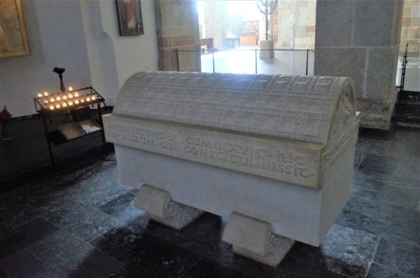 Colonia chiesa di san Pantaleone tomba imperatrice Teofane