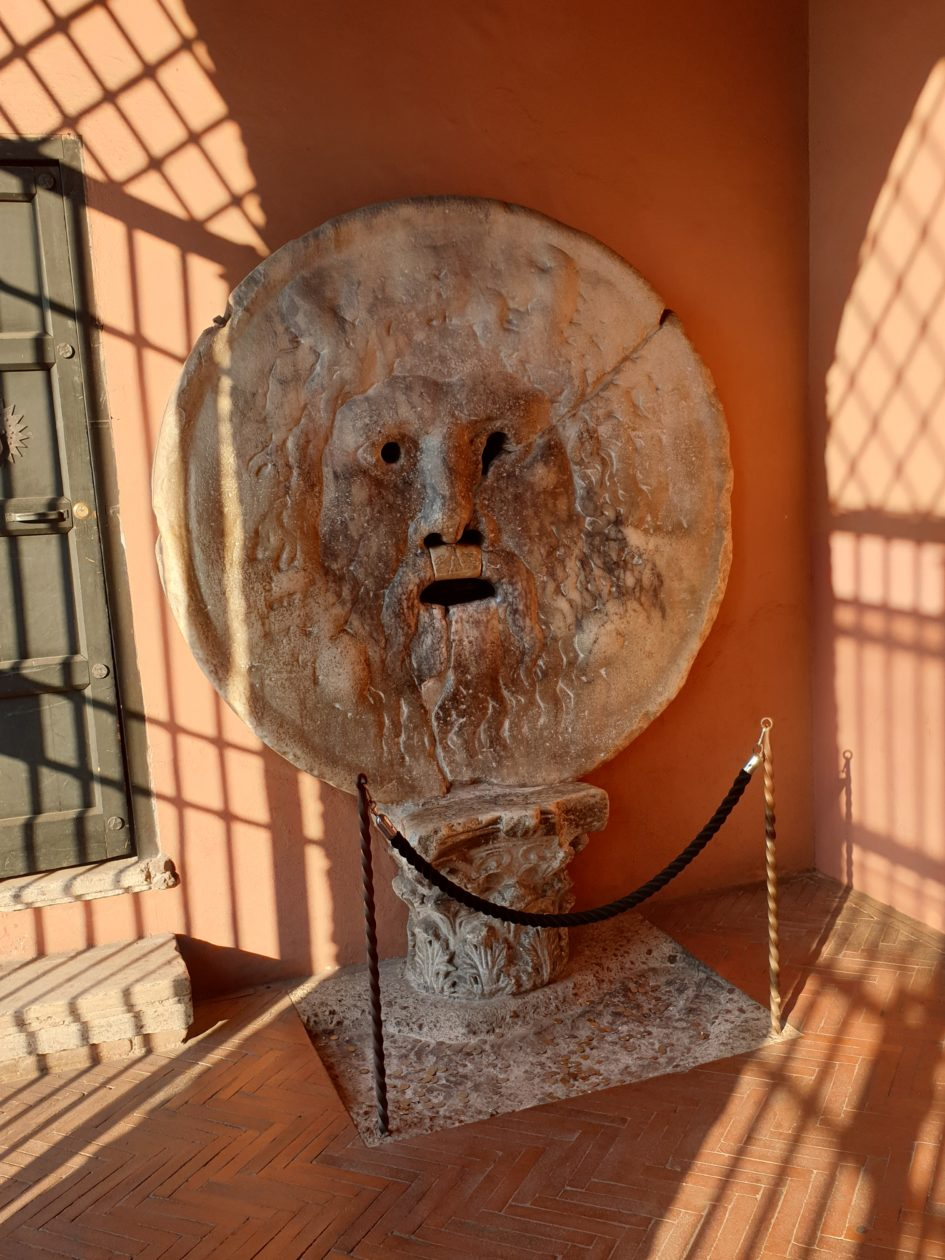 Bocca della verità,Santa Maria in Cosmedin